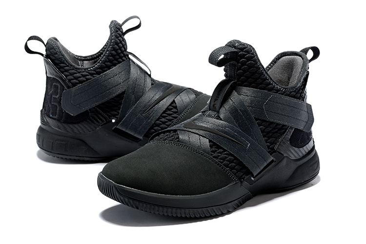 online store 0c09a e717c Tenis Sport Lebron Soldier 12 Ankle High